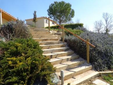 Pezzutto sable et gravier jardinerie d corative for Escalier traverse